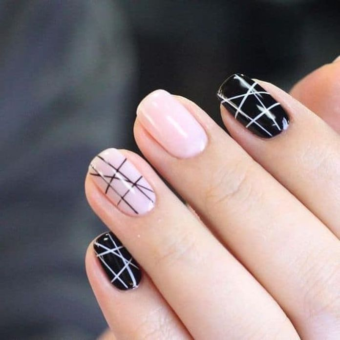Use-black-on-nude-color-base-and-use-white-on-black-color-base-while-drawing-the-lines.-1 2020 Fantastic Nail Design Ideas with Simple Accents