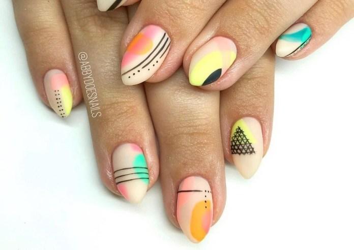 44-abstract-nail-art-ideas Cool Abstract Nail Art Ideas