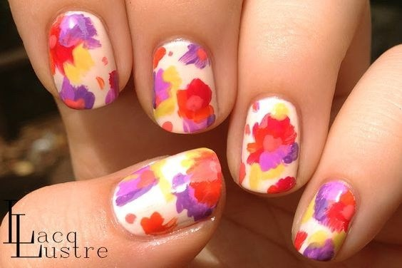45-abstract-nail-art-ideas Cool Abstract Nail Art Ideas