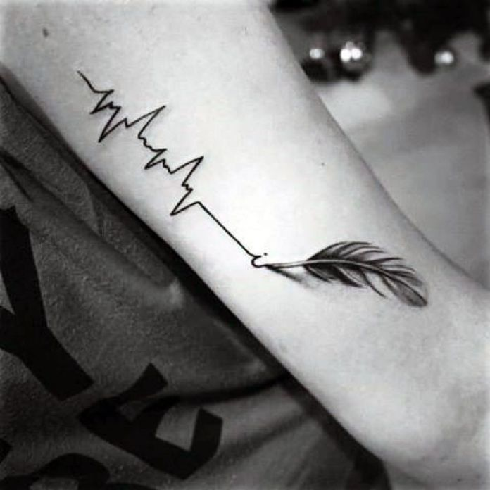 Brilliant-Feather-Tattoo-Designs-to-Impress-2 Brilliant Feather Tattoo Designs Try In 2020