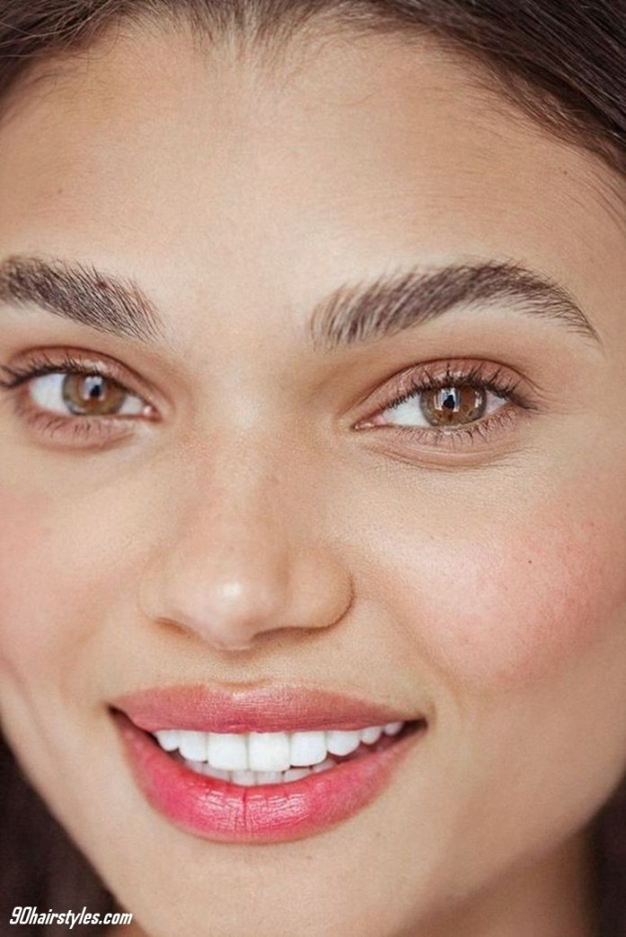 Cheeks-blush-natural-1 6 Steps to Apply Makeup for Beginners