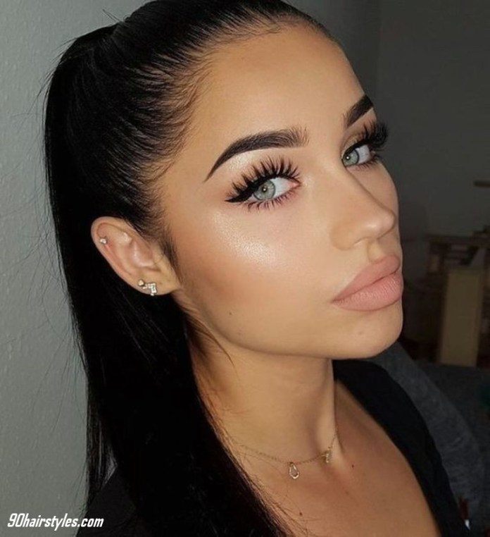 Soft-arch-eyebrow-1 6 Steps to Apply Makeup for Beginners