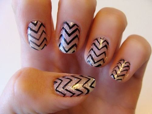 zig-zag-nail-design 10 HOTTEST NAIL TRENDS TO TRY IN 2020