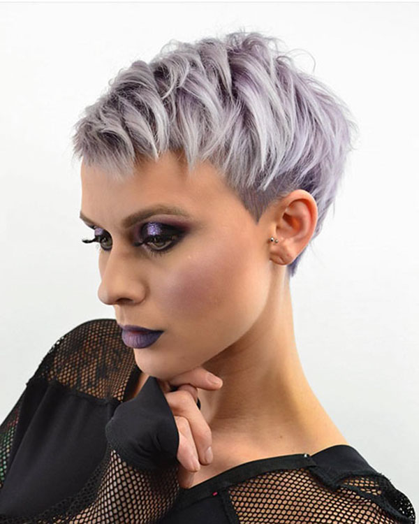 choppy-pixie-cut 35 Perfect Pixie Haircuts You Need to Try Immediately
