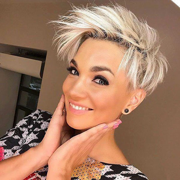 edgy-haircut-for-short-hair-1 35 Perfect Pixie Haircuts You Need to Try Immediately