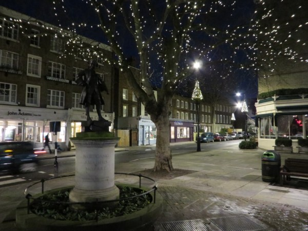 Mozart statue, Pimlico and Ebury Street, Belgravia, things to do in London at Christmas, Christmas in London, Christmas lights, bicycle tour of London