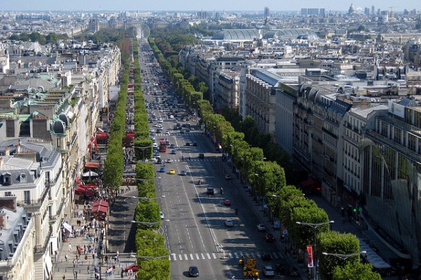 The Champs Elysee Photo courtesy of wallyg
