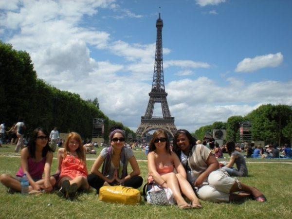 Paris, Champ de Mars, All night in Paris, Eiffel Tour group