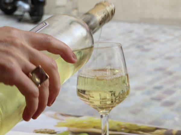 Sauternes wine, wine glass, dessert wine, Paris