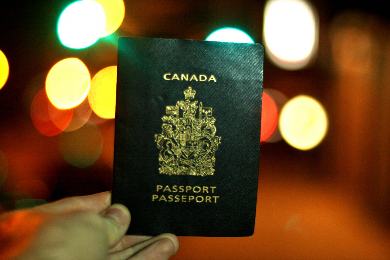 How to Get a UK Youth Mobility Visa for Canadians