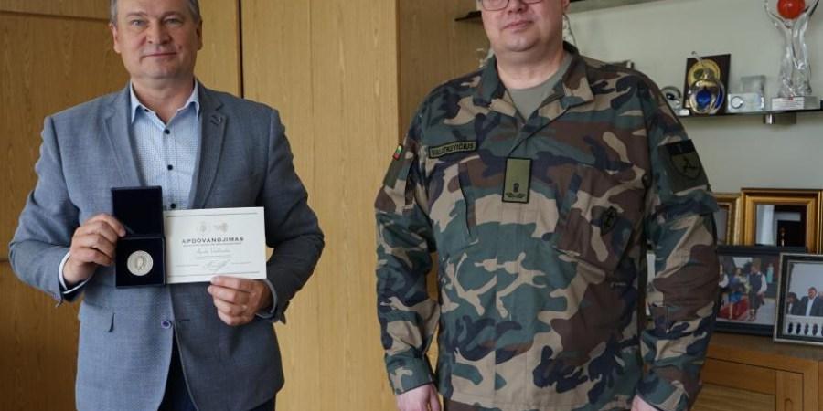 Medaliu apdovanotas meras A. Vrubliauskas
