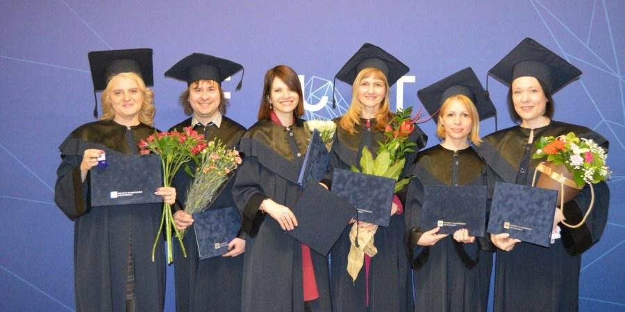 Nuotraukoje (iš kairės): A. Dvareckienė, M. Leskevičius, J. Kamandulienė, L. Bautronienė, S. Užkurienė, J. Kalėdienė