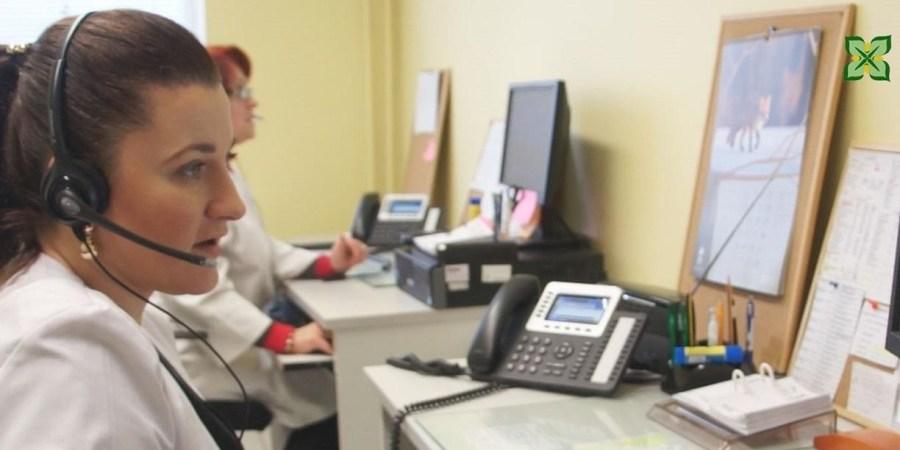 Alytaus poliklinika patvirtino, kad šiuo metu sulaukia daug skambučių, todėl labai prašo supratingumo ir kantrybės
