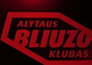 """Lapkričio 8-ąją, ketvirtadienį, Alytuje išgirsime didžiausio Lenkijos bliuzo festivalio """"Suwalki blues"""" organizatorių, gitaristą Bogdan Topolski su scenos draugais"""