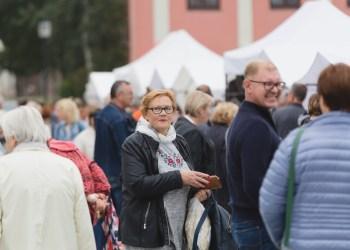 """Rudeninė mugė """"Sukurta Lietuvoje"""" į S. Dariaus ir S. Girėno gatvę visus sukvies jau šį šeštadienį, rugsėjo 18 dieną, nuo 10 iki 16 valandos."""