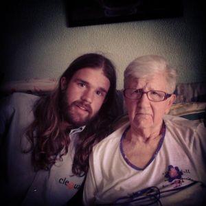 foto con su abuela