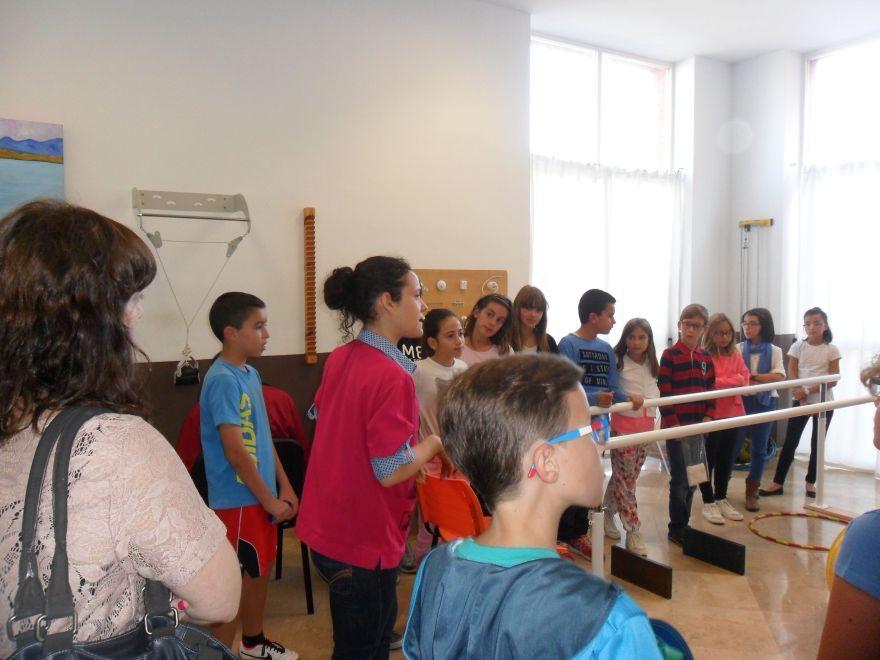Visita de alumnos a la Unidad de respiro