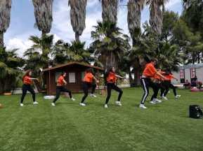 Academia baile - V Movida Solidaria
