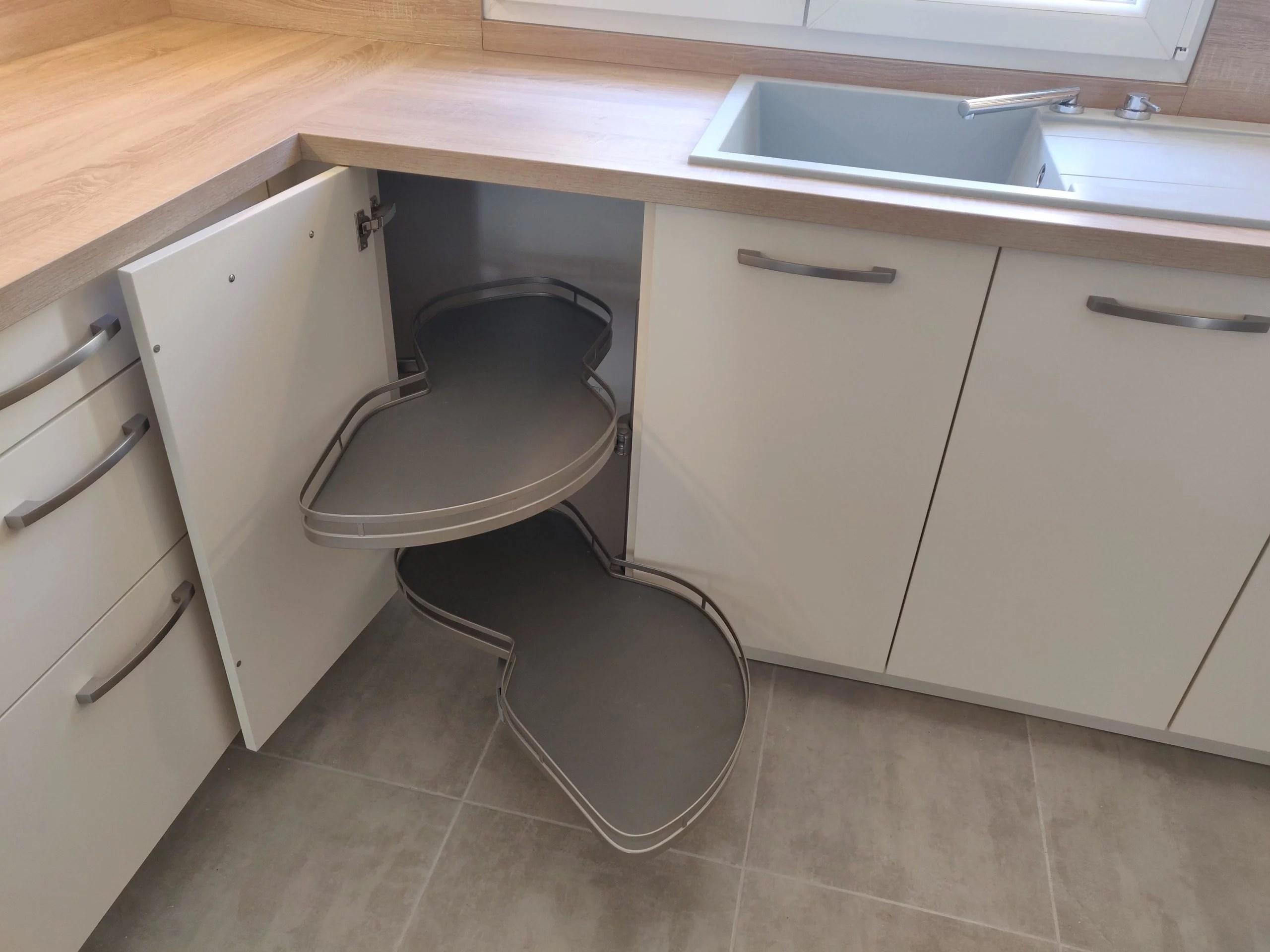 meuble d'angle cuisine équipée le puy sainte réparade