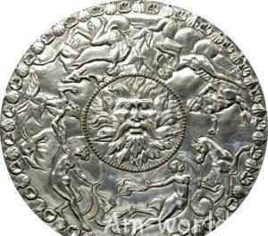 Милденхоллский клад - находка английского пахаря.