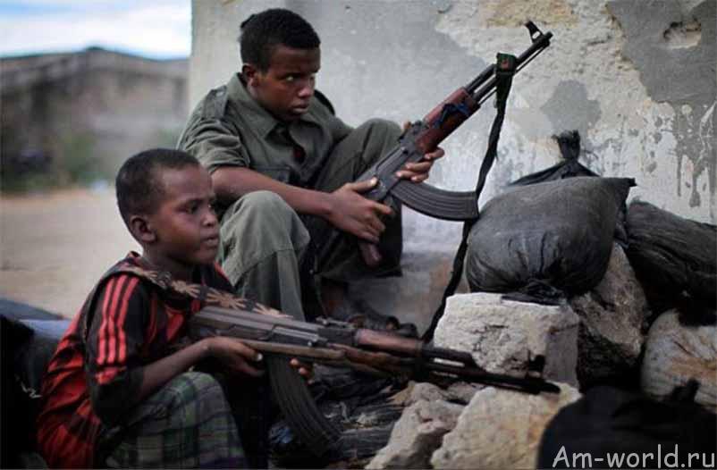 Вооруженные дети — щенки войны
