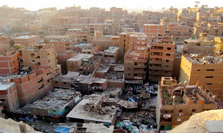Маншият-Насир — город переполненный мусором