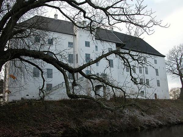 Драгсхольм - замок с призраками для состоятельных постояльцев