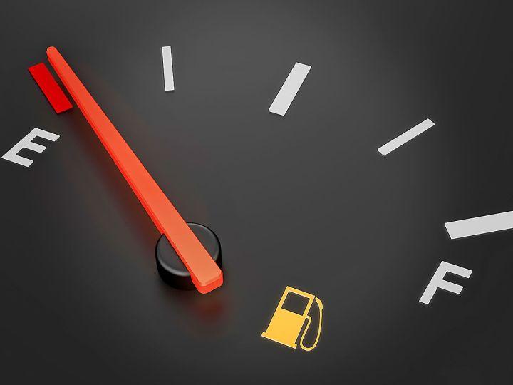 Почему есть разница между фактическим расходом топлива и заявленным производителями?