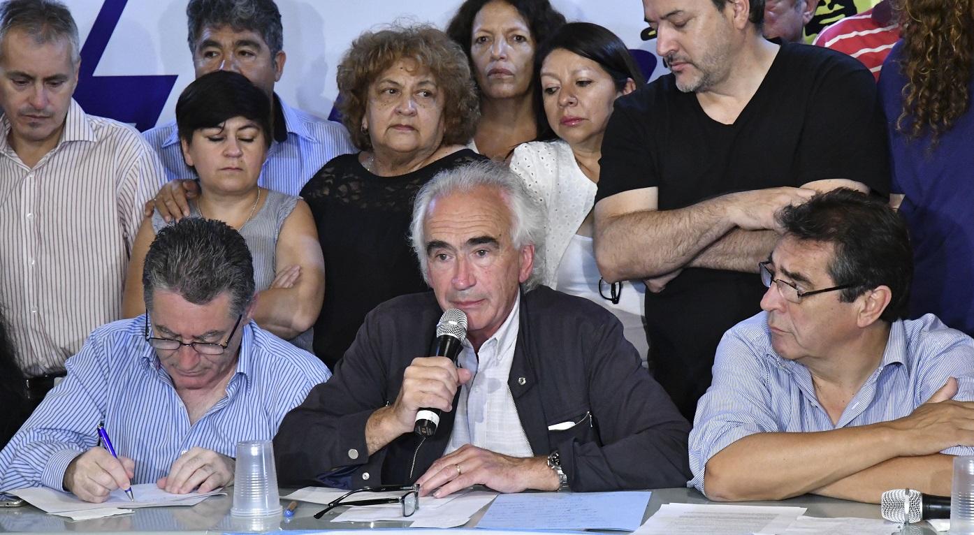 """""""Haber derrotado a Macri en las PASO es un triunfo de la organización y de la lucha de la clase trabajadora"""""""