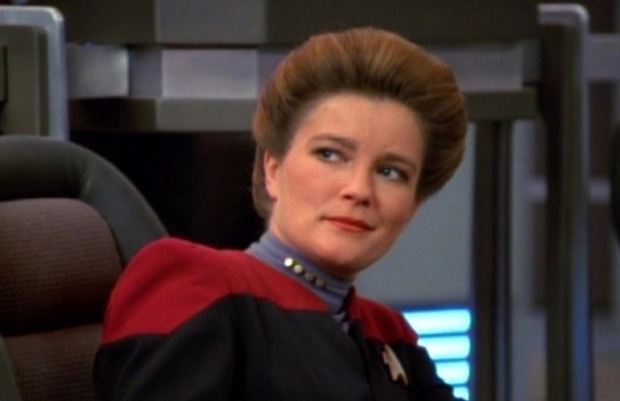 Why Captain Janeway Still Feels So Relevant 25 Years Later | The Mary Sue