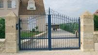 portail-bleu-fer-particulier-photo