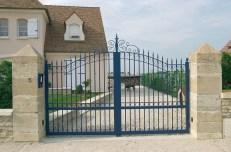 portail-bleu-fer-particulier