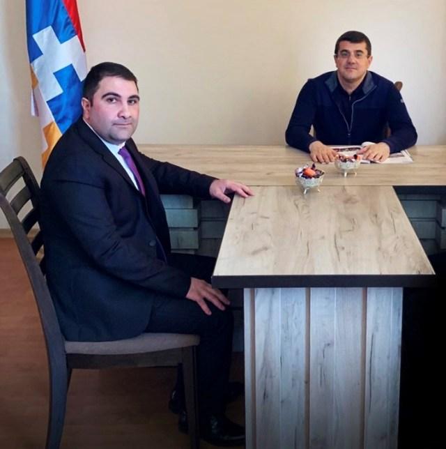 Viktor_Karapetyan_Arayik_Harutyunyan_Meeting