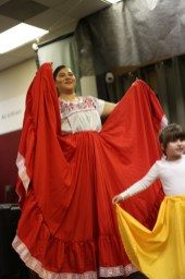 La maestra de Baile Folklorico Mexicana, fernanda!