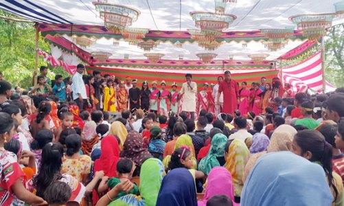 """জারইতলায় মঞ্চস্থ হলো লোকনাট্য """"বেদের মেয়ে জোসনা"""" [ভিডিওসহ]"""