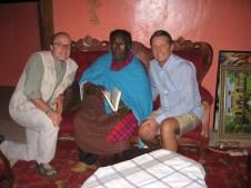 Stefan Erdmann und Jan van Helsing bei Credo Mutwa, Südafrika, Februar 2010