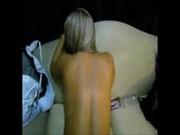 Vídeo amador namorado socando a pica no cuzinho da loira deliciosa