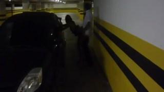 Corno filma esposa vadia dando pro segurança no estacionamento do shopping