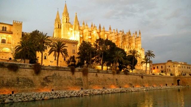 Visitare la Cattedrale - Pioggia a Maiorca