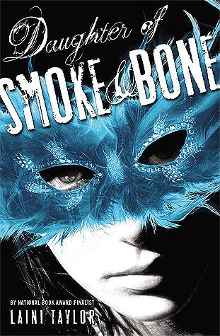 Laini Taylor – Daughter of Smoke & Bone