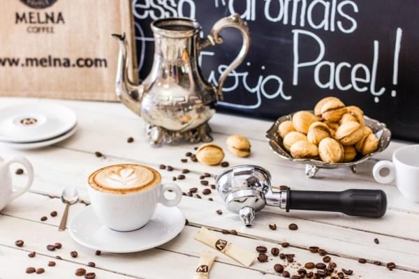 Latvijā grauzdēta kafija, ēdienu fotogrāfs un stilists Amalija Andersone foto