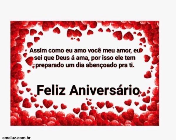 Feliz aniversário Deus te ama.