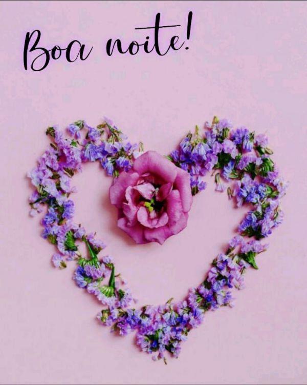 flores em formato de coração