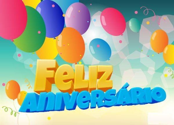 feliz aniversario com balões e figurinha