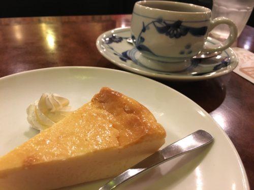 チーズケーキとブレンド
