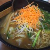 笠岡市「らーめん・餃子のとんぺい」千鳥ノブさんおすすめの野菜ラーメン!独特の鶏白湯スープが美味ですよ