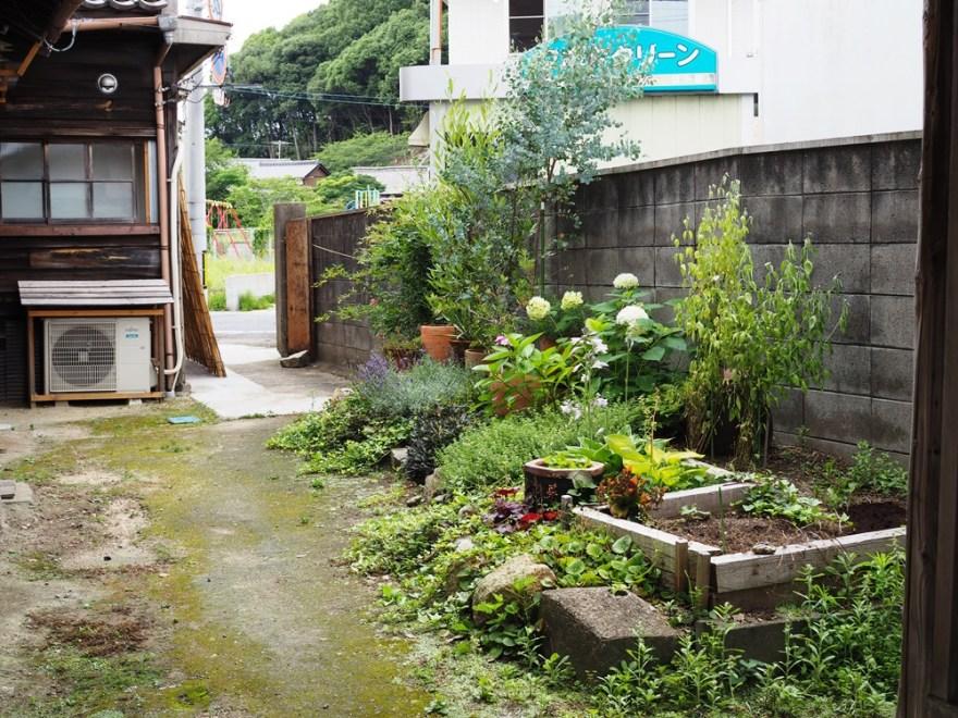 元浜倉庫焙煎所 駐車場