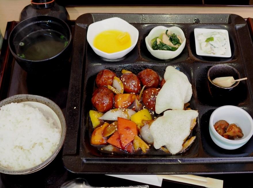 倉敷食堂 肉団子定食