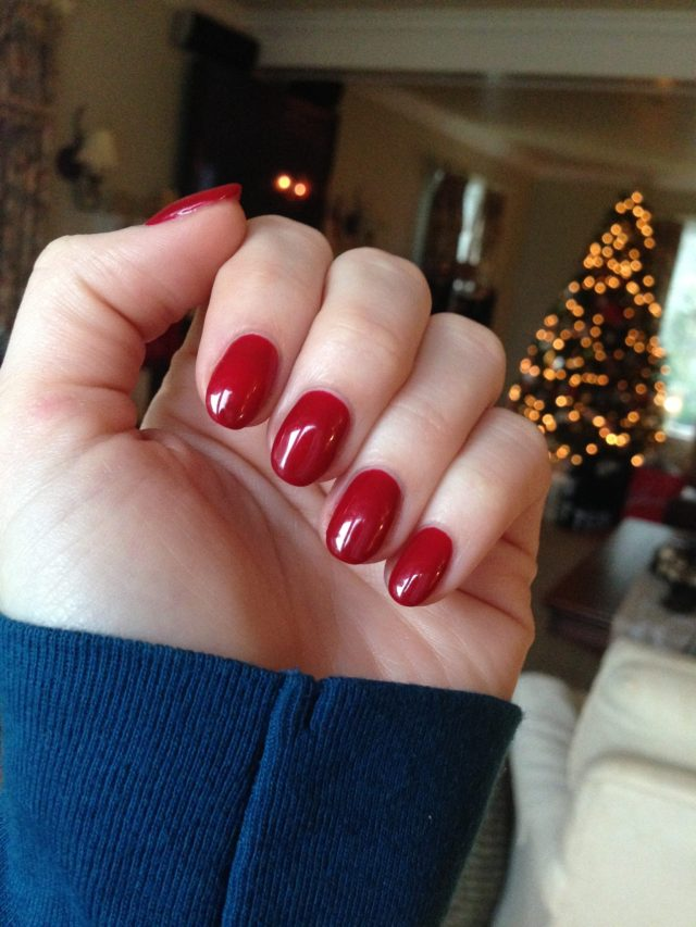 "My red Christmas manicure! Gelish ""Backstage Beauty"""