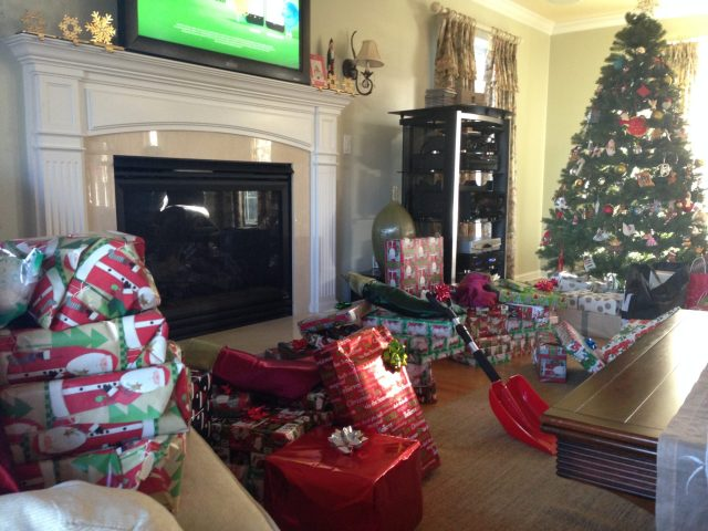The next morning we were so happy to see that Santa had come ;)